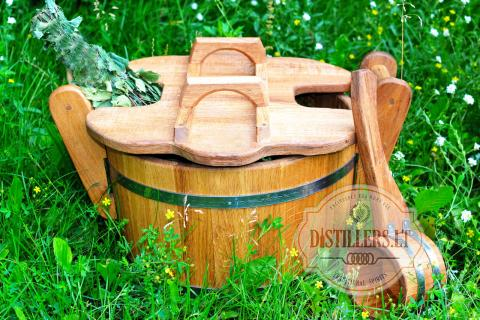 Oak steaming tub